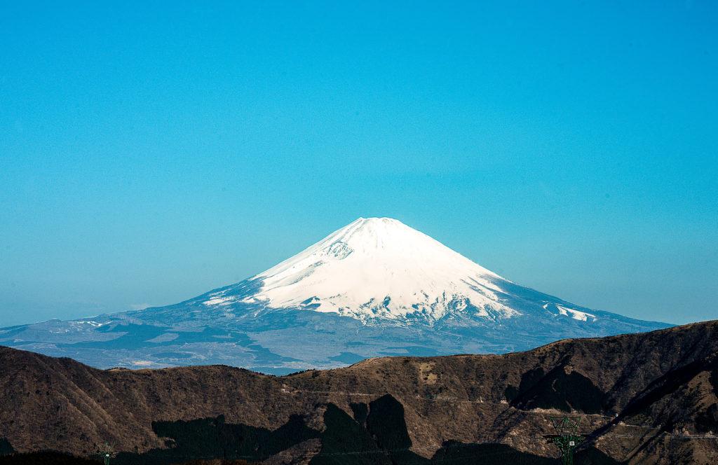 Le Mont Fuji sur un beau ciel bleu.
