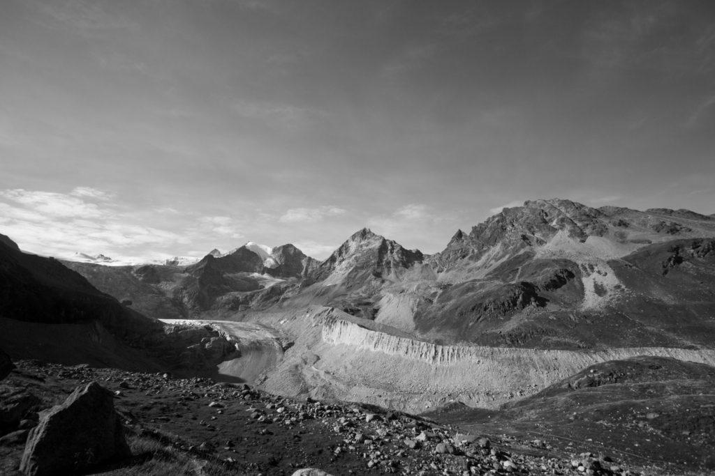 Photo du glacier de Moiry et le Grand Cornier.