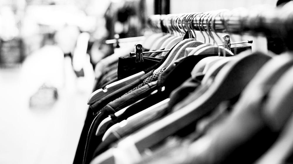 Habits dans un magasin